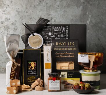 foodie gift hamper. Gift Hampers from Gourmet Basket. Gourmet Food Hamper.